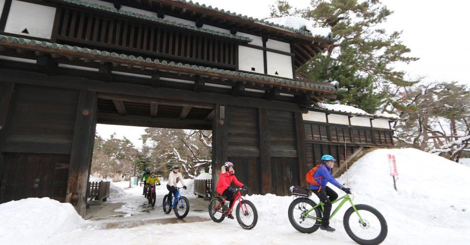 漫遊冬季的弘前城和城下町,體驗弘前傳統風情之旅